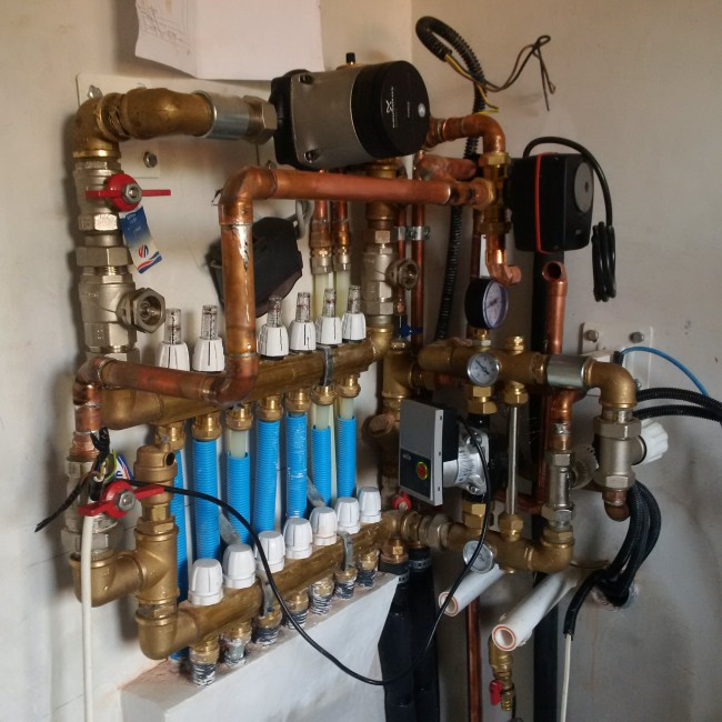 Lucrare instalatie termica apartament Victoriei. Poza 77