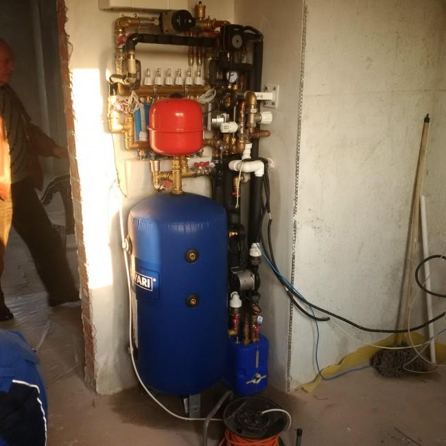 Lucrare instalatie termica apartament Victoriei. Poza 79